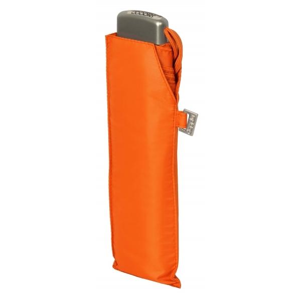 Dámský deštník Mini Slim Uni 19 Carbonsteel DOPPLER